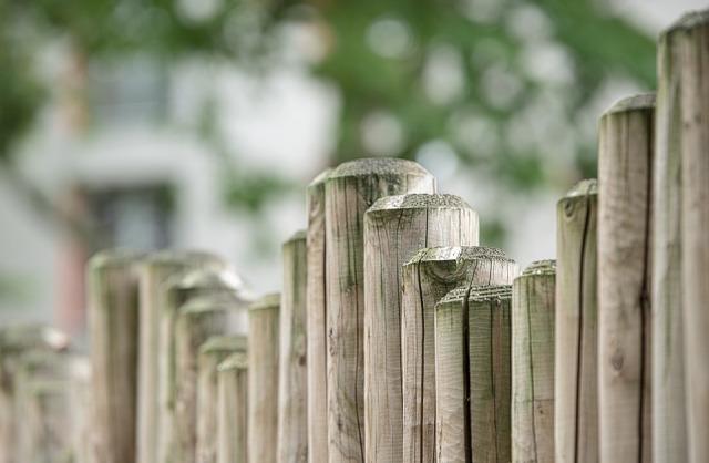 fence-470221_960_720